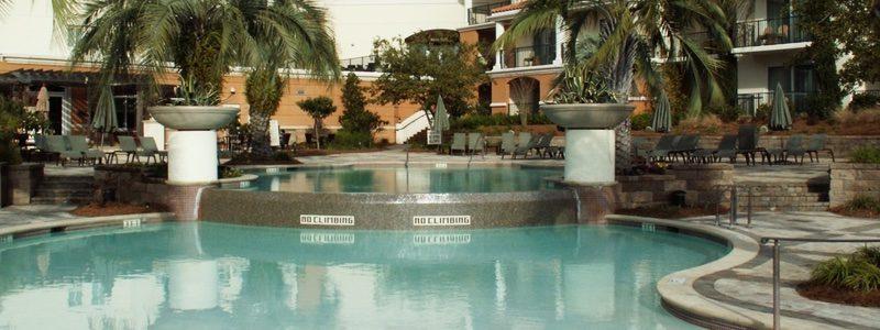 Marina Inn pool